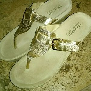 🌌New Michael Kors Sandals!🌌